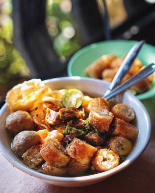Foto - Makanan di Soto Mie Puri H.Darjo oleh @Sibungbung