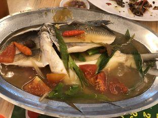 Foto 5 - Makanan(Ikan Kerapu Tim) di Bola Seafood Acui oleh YSfoodspottings