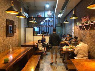 Foto 8 - Interior di Ayam Bakar Tujuh Saudara oleh Riani Rin