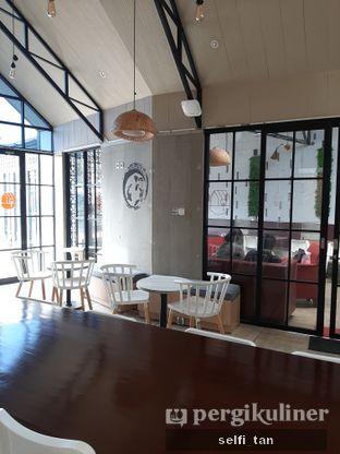 Foto review Roemah Coffee Eatery & Hub oleh Selfi Tan 6