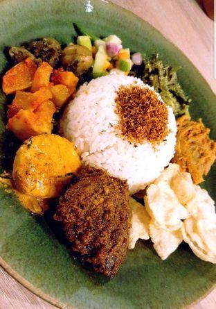 Foto 2 - Makanan di Papa & Mama Bistro and Coffee oleh heiyika