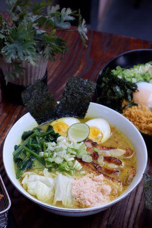 Foto 12 - Makanan di Yoisho Ramen oleh yudistira ishak abrar