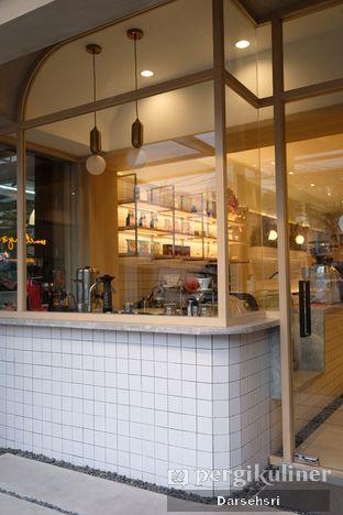 Foto 9 - Interior di Coffeeright oleh Darsehsri Handayani