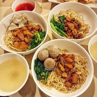 Foto 2 - Makanan di Bakmi GM oleh duocicip
