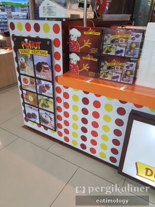 Foto 5 - Interior di Ponut Donat Kentang oleh EATIMOLOGY Rafika & Alfin