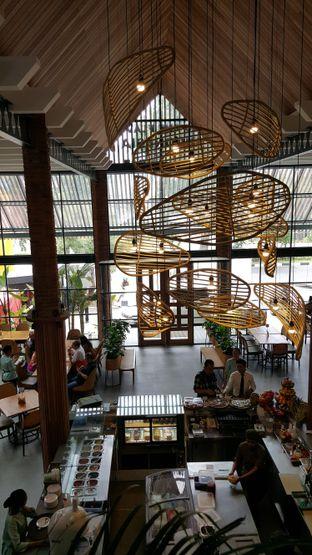 Foto 10 - Interior di Botanika oleh Tifany F