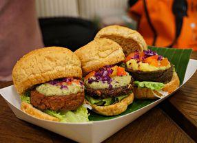 Ingin Tetap Makan Fast Food dengan Sehat? Ikuti Cara Ini!