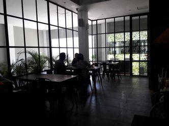 Foto Interior di D' Oeleg Indonesian Resto & Cafe