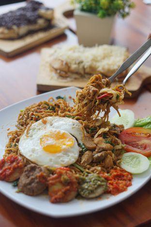 Foto 6 - Makanan di Warung Jengkol oleh Nanakoot
