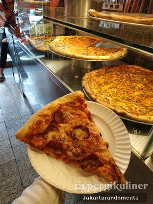 Foto 5 - Makanan di Pizza Place oleh Jakartarandomeats