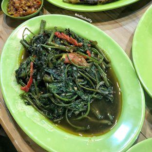 Foto 5 - Makanan(Kangkung polos) di Ayam & Seafood EGP oleh Stellachubby