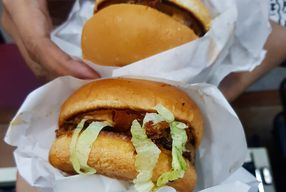 Foto Bruces Burgers