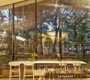 Foto 3 - Interior di Popolo Coffee oleh Ladyonaf @placetogoandeat