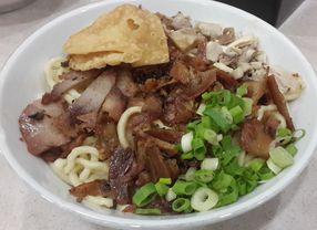 5 Tempat Makan di Mall Kelapa Gading yang Bikin Kenyang di Bawah Rp 50 Ribu