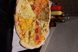 Foto 6 - Makanan di Sliced Pizzeria oleh yudistira ishak abrar