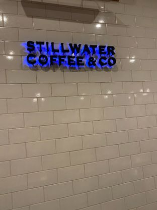 Foto 5 - Interior di Stillwater Coffee & Co oleh @makankudiary (by tamy)