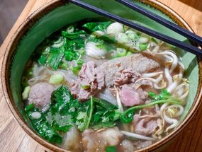 Foto NamNam Noodle Bar