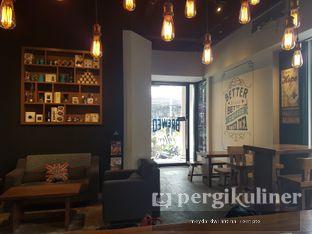 Foto 1 - Interior di Doppio Coffee oleh Meyda Soeripto @meydasoeripto