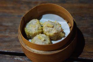 Foto 3 - Makanan(Siomai Seafood) di Cici Claypot oleh Fadhlur Rohman