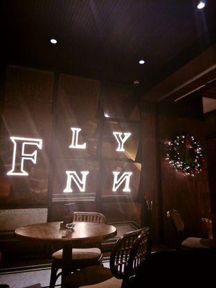 Foto 1 - Interior di FLYNN Dine & Bar oleh thehandsofcuisine