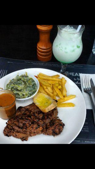 Foto 1 - Makanan di B'Steak Grill & Pancake oleh Cewek Gendutz