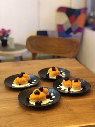 Foto 6 - Makanan di Baiza Sushi oleh YSfoodspottings