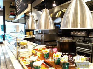 Foto 3 - Interior di The Kitchen by Pizza Hut oleh Ladyonaf @placetogoandeat