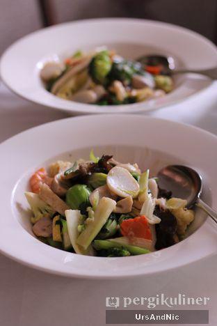 Foto 5 - Makanan di Meradelima Restaurant oleh UrsAndNic