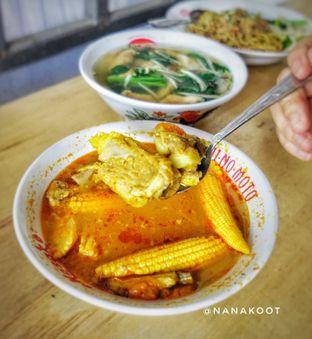 Foto 5 - Makanan di Bakmi Bangka Rosela 77 oleh Nanakoot
