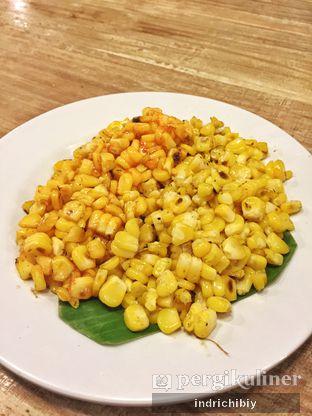 Foto 5 - Makanan(Jagung Bakar Asin Pedas) di Gerobak Betawi oleh Indriani Kartanadi