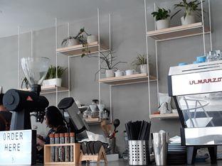Foto 3 - Interior di Threelogy Coffee oleh Halim Farhan