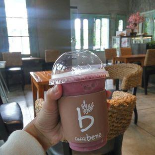 Foto 2 - Makanan(Blueberry Yoghurt Smoothies) di Caffe Bene oleh Fadhlur Rohman