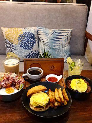 Foto 1 - Makanan di Jonbon's Coffee & Eatery oleh Jacklyn  || IG: @antihungryclub