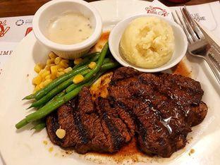 Foto 1 - Makanan di Steak Hotel by Holycow! oleh kuliner kota jakarta