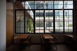 Foto 13 - Interior di Bruins Coffee oleh yudistira ishak abrar