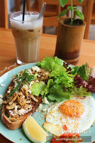 Foto review Greens and Beans oleh Kintan & Revy @worthyourvisit 1