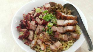Foto 1 - Makanan di Bubur & Bakmi Boy oleh Evelin J