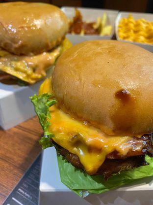 Foto review Burger Bangor oleh Yohanacandra (@kulinerkapandiet) 14