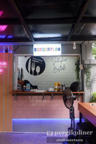 Foto 8 - Interior di Burger Plan oleh Shella Anastasia