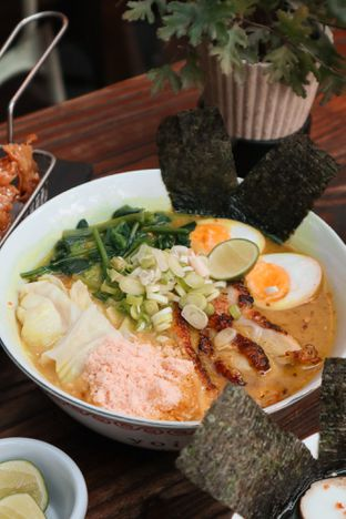 Foto 8 - Makanan di Yoisho Ramen oleh thehandsofcuisine