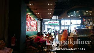 Foto review Krispy Kreme Cafe oleh Jakartarandomeats 6