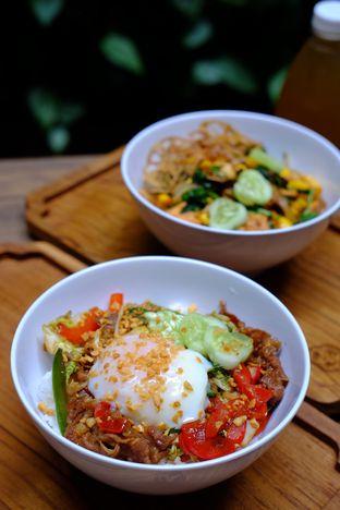 Foto 1 - Makanan(Beef Yakiniku Tare) di Kyuri oleh Cindy Y