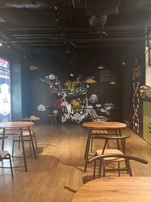 Foto 6 - Interior di JLD Dragon oleh Fensi Safan