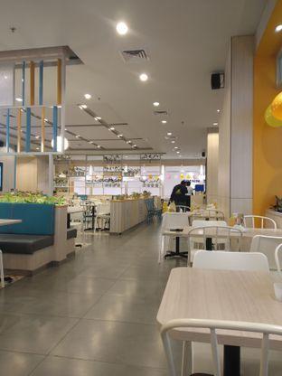 Foto 7 - Interior di Bakmi GM oleh deasy foodie