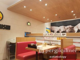 Foto 5 - Interior di Genki Sushi oleh EATIMOLOGY Rafika & Alfin