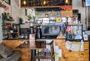 Foto Interior di Portal Coffee & Travel