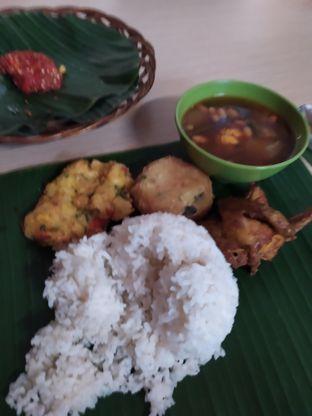 Foto 1 - Makanan di Alas Daun oleh Anne Yonathan