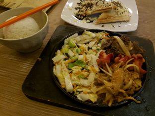 Foto 3 - Makanan di Platinum oleh Theodora