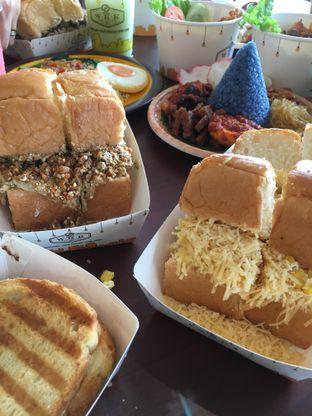 Foto 6 - Makanan di Warung Wakaka oleh RI 347 | Rihana & Ismail