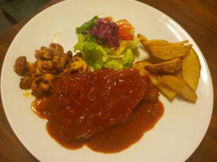 Foto 2 - Makanan(New York Steak) di ETC (Etcetera) oleh Fika Sutanto